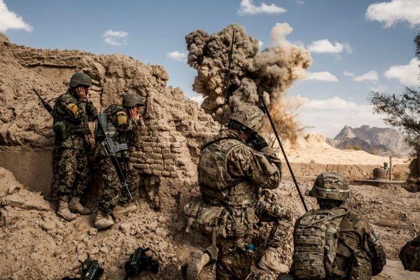 Sáu hồ sơ quân sự thách thức Tổng thống Donald Trump - 1