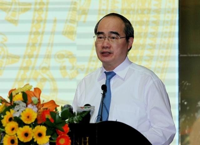 Ông Nguyễn Thiện Nhân, Chủ tịch Ủy ban Trung ương MTTQVN phát biểu tại hội nghị