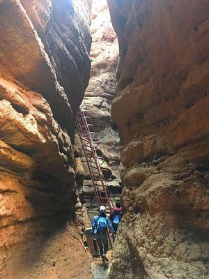 """""""Phượt"""" Cam Túc: Thám hiểm canyons, cưỡi lạc đà, camping trên sa mạc… - 14"""