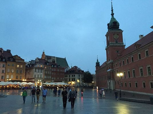 Khung cảnh thanh bình cũng tương tự như ở Czech - quê hương thứ hai của gia đình tôi.