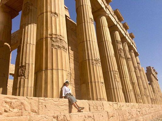 Nơi đây cũng có những khung cảnh kỳ thú không khác gì ở Hy Lạp.