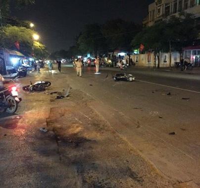 Hiện trường vụ tai nạn tại Hải Phòng tối 30/7 (ảnh: CTV)
