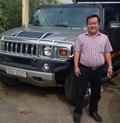 Chân dung đại gia Tòng Thiên Mã bên chiếc xe tứ quý 3 nổi tiếng
