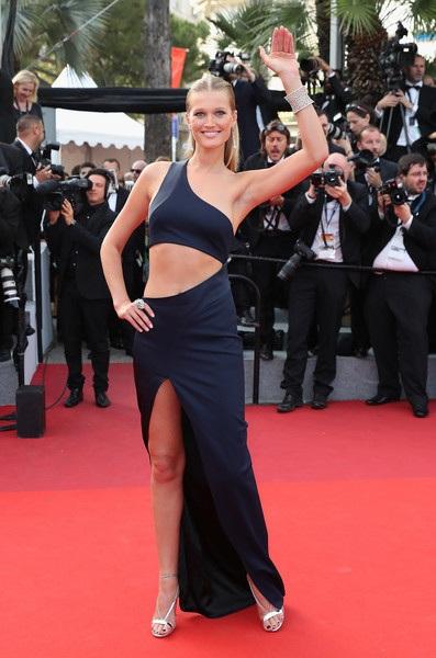 Hình ảnh của cô xuất hiện trên nhiều tạp chí danh tiếng như Vogue, Elle, Madame Figaro, Muse, Harpers Bazaar, Allure...