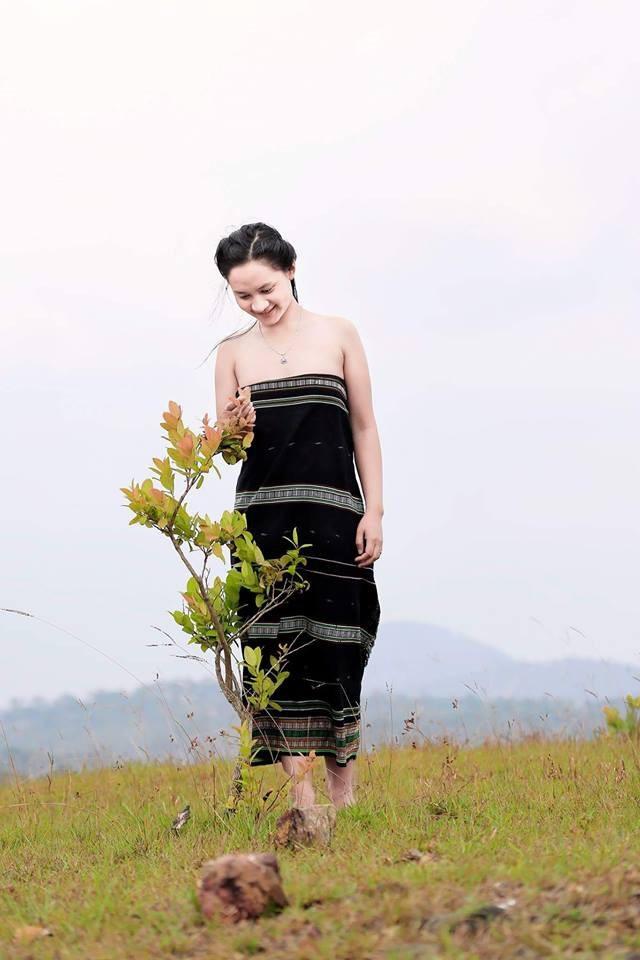 Cô mong muốn giúp những người dân K'Ho làm kinh tế, phát triển nông nghiệp, gia tăng năng suất