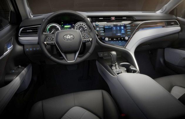 Toyota Camry 2018 tại Mỹ có gì? - 11
