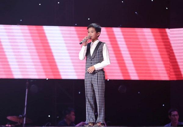 Ca khúc nổi tiếng Đêm ả đào được giọng ca nhí Đặng Đình Tâm thể hiện đã mang đến rất nhiều cảm xúc cho người nghe.