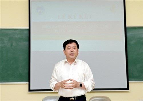 GS.TS, Nhà giáo Nhân dân Trần Thọ Đạt - Hiệu trưởng trường ĐH Kinh tế quốc dân