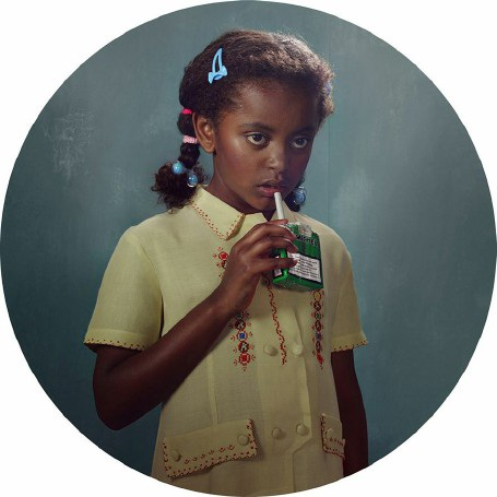 """Lời cảnh tỉnh nhức nhối từ bộ ảnh """"Những đứa trẻ hút thuốc"""" - 10"""