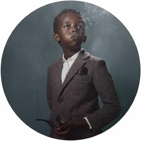 """Lời cảnh tỉnh nhức nhối từ bộ ảnh """"Những đứa trẻ hút thuốc"""" - 2"""