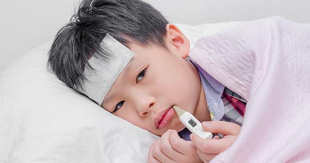 Không lạm dụng thuốc hạ sốt cho trẻ - 1