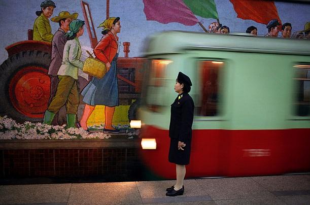 Ga tàu điện ngầm ở Triều Tiên (Ảnh: Time)