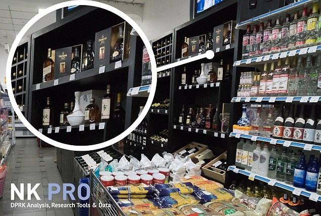 Các chai rượu nhập khẩu từ nước ngoài bên trong một cửa hàng ở Bình Nhưỡng (Ảnh: NK Pro)