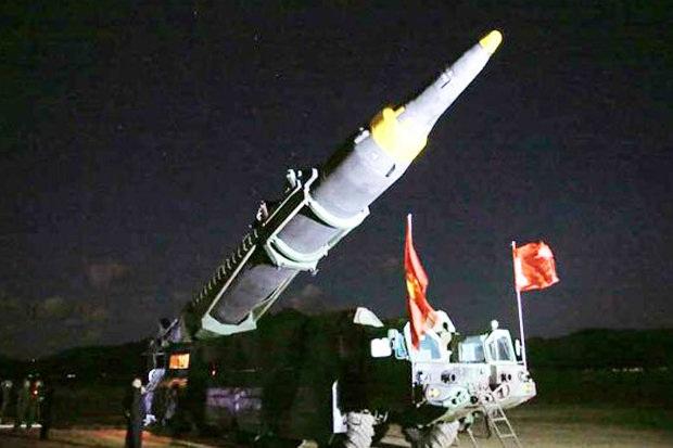 Vụ phóng thử tên lửa diễn ra tại một bãi thử ở khu vực Kunsong, gần thủ đô Bình Nhưỡng lúc 5h25 sáng qua 14/5 theo giờ địa phương.
