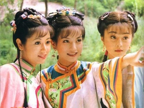 Bộ ba cô gái xinh đẹp của Hoàn châu cách cách (năm 1997) giờ đều rất thành công trong sự nghiệp và lần lượt lập gia đình.