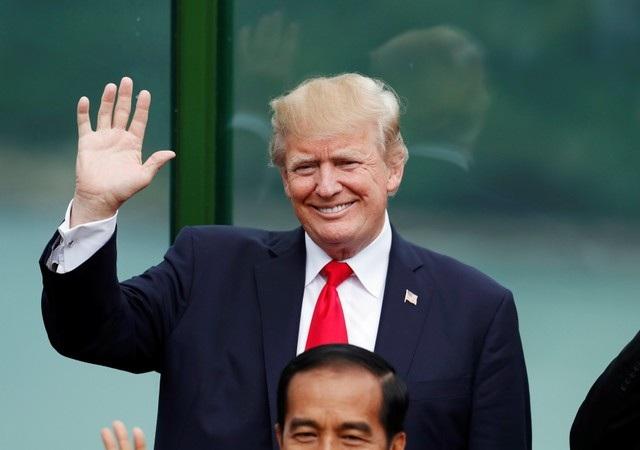 Nụ cười rạng rỡ của Tổng thống Donald Trump. (Ảnh: Reuters)