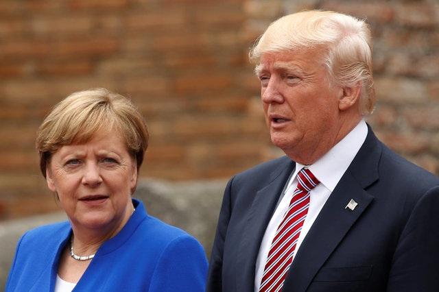 Thủ tướng Đức Angela Merkel và Tổng thống Mỹ Donald Trump (Ảnh: Reuters)