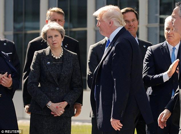 Thủ tướng Anh Theresa May dường như không hài lòng sau vụ việc Mỹ bị cho là đã tiết lộ thông tin tình báo của Anh. (Ảnh: Reuters)