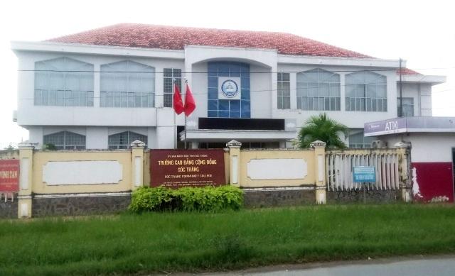 Hiệu trưởng Trường CĐCĐ tỉnh Sóc Trăng bị kỷ luật vì có liên quan đến vụ mâu thuẫn trong quán nhậu.