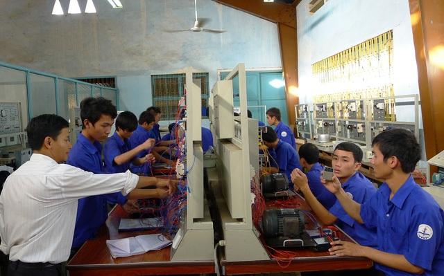 Sự phát triển nhanh chóng của nền kinh tế Việt Nam đang định hình lại nhu cầu và mục tiêu đối với giáo dục.