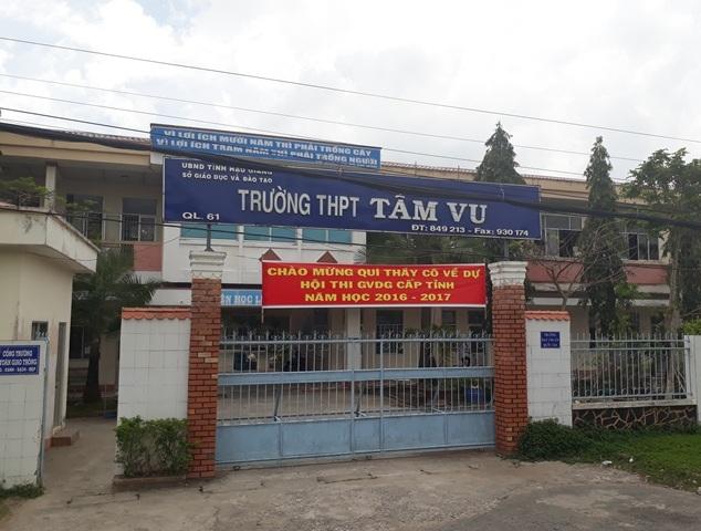 Trường THPT Tầm Vu, nơi xảy ra vụ việc.