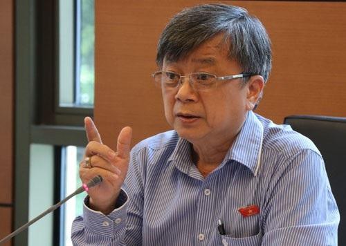 Đại biểu Trương Trọng Nghĩa đoàn TP HCM cho rằng quân đội không nên làm kinh tế đơn thuần
