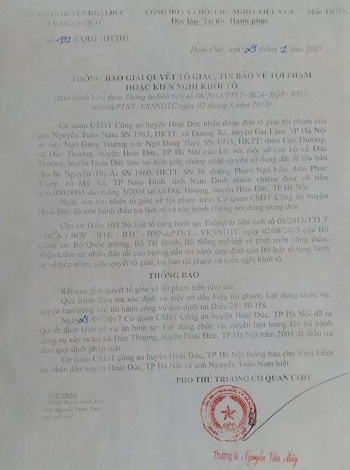 Cơ quan CSĐT Công an huyện Hoài Đức chính thức khởi tố vụ án liên quan đến việc Chủ tịch UBND huyện Hoài Đức Nguyễn Xuân Lĩnh ký cấp sổ đỏ cho mảnh đất không có thật.