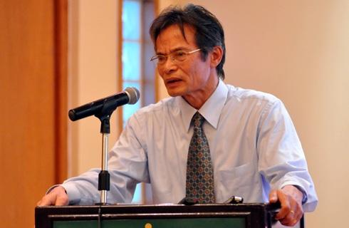 Ông Lê Xuân Nghĩa bị xử phạt hành chính vì bán trên 3,3 triệu quyền mua cổ phiếu NHP nhưng không thông báo.