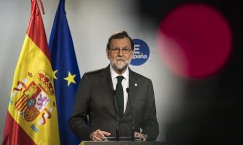 Chính quyền trung ương chấp thuận việc Catalan bầu cử sớm.