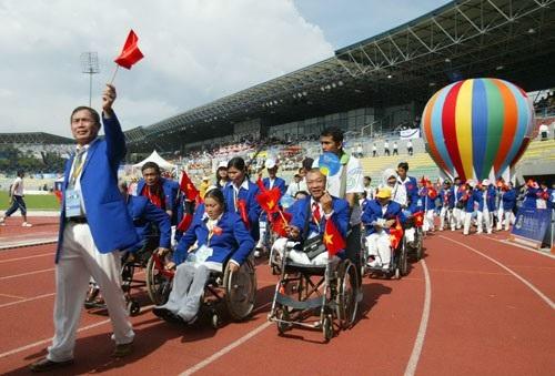 Đoàn thể thao người khuyết tật Việt Nam phá 10 kỷ lục tại Asean Para Games