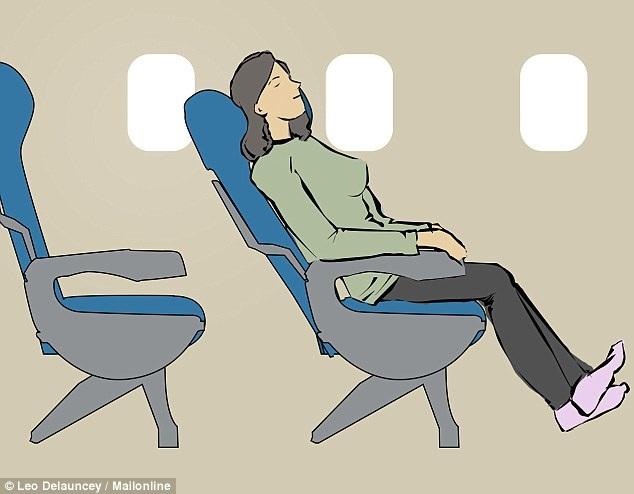 8 tư thế giúp bạn dễ ngủ hơn khi đi máy bay - 7