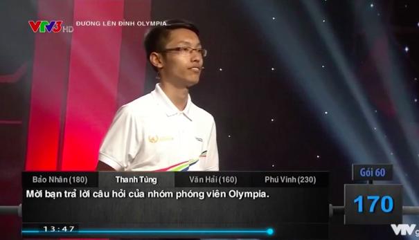 Thí sinh Nhân Thanh Tùng trả lời câu hỏi Hóa học có đáp án gây tranh cãi.