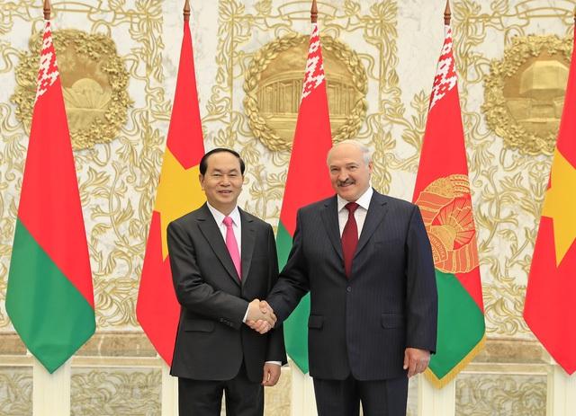Chủ tịch nước Trần Đại Quang và Tổng thống Belarus Alexander Lukashenko (ảnh: TTXVN)