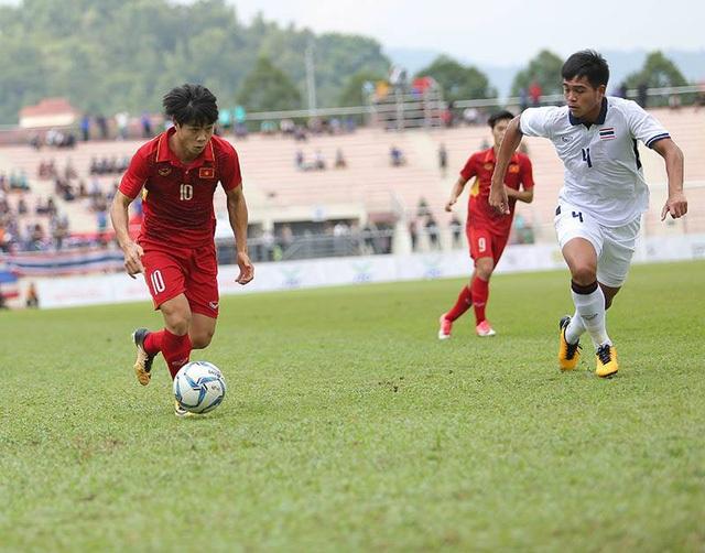 Cầu thủ Việt Nam thiếu bản lĩnh vì họ đâu được rèn luyện bản lĩnh từ V-League (ảnh: An An)