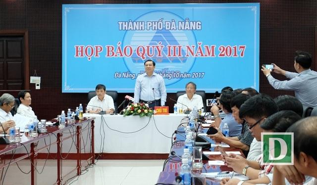 UBND TP Đà Nẵng trả lời về việc cấm xuất cảnh đối với nhà báo Dương Hằng Nga tại cuộc họp ngày 26/10 vừa qua.