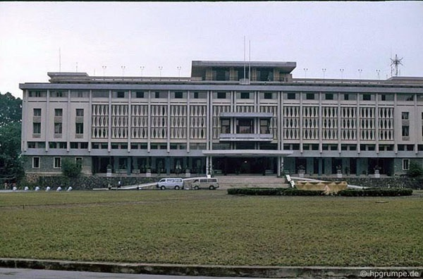 Sài Gòn – TPHCM: 42 năm nguyên vẹn những góc phố, tuyến đường - 1