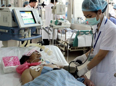 Chi phí điều trị trung bình một ca uốn ván hết cả trăm triệu đồng. Trong khi đó, để phòng căn bệnh này sau khi bị chấn thương nên đi tiêm phòng, với chi phí chỉ khoảng 100 ngàn đồng.