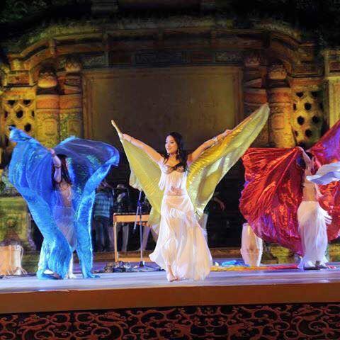 Cô được tham gia khá nhiều sự kiện văn hóa, nghệ thuật lớn.