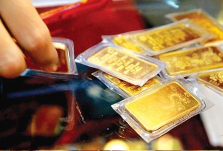 Giá vàng SJC vượt mốc 37 triệu đồng/lượng, đắt nhất trong 5 tháng.