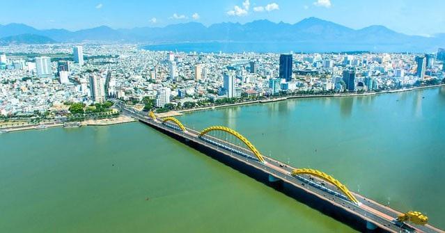 Đà Nẵng được ví như một thiên đường du lịch nghỉ dưỡng biển của Việt Nam
