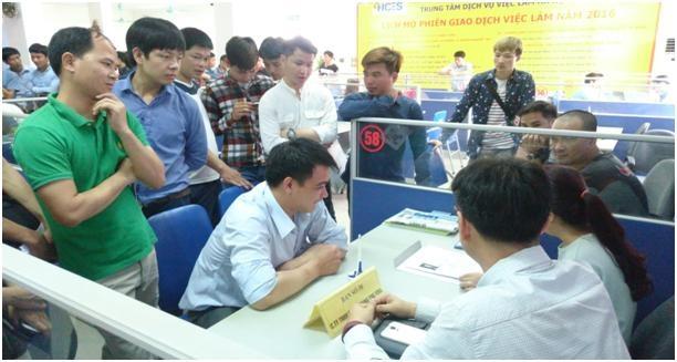 Hà Nội: Tiếp nhận hơn 76.000 lao động thông báo tình trạng việc làm - 1