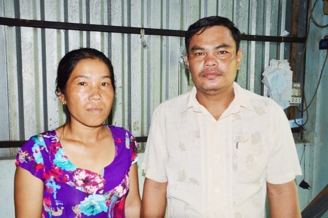 Vợ chồng anh Sơn Sô Đa bị lừa mất 3.000 USD vì tin lời cò xuất khẩu lao động sang Mỹ.