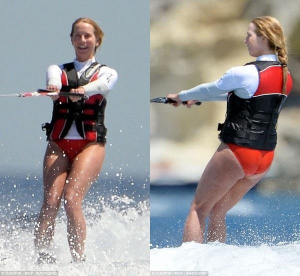 Laurene trổ tài lướt ván không thua kém con gái mình