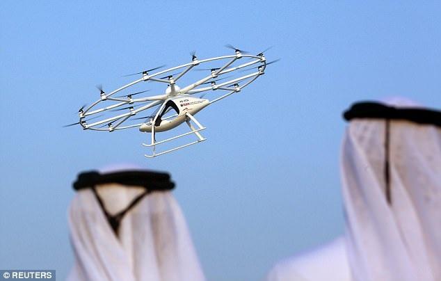 """Dubai sẽ có dịch vụ """"taxi bay"""" không người lái đầu tiên trên thế giới - 4"""