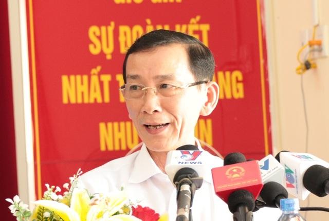 Ông Võ Thành Thống - Chủ tịch UBND TP Cần Thơ cho biết sẽ điều chỉnh giá cả hợp lý theo hướng tăng lên cho các hộ dân