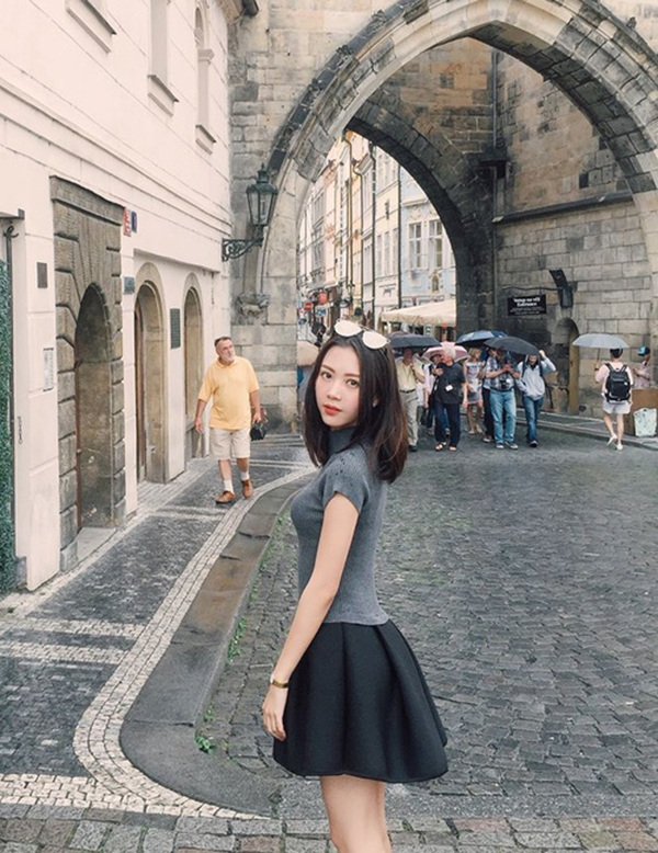 """Vũ Ngọc Châm: Từ """"bạn gái tin đồn"""" của Sơn Tùng M-TP đến hot girl """"sang chảnh"""" - 8"""