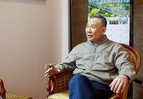 Ông Vũ Quốc Hùng - nguyên Phó Chủ nhiệm Ủy ban Kiểm tra Trung ương cho rằng, Bộ Nội vụ phải kiểm điểm nghiêm khắc về việc làm của mình.