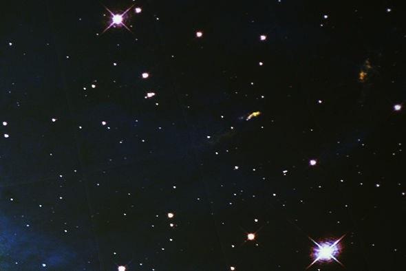 """""""Tất cả các quan sát đều cho thấy rằng…vũ trụ không nên thực sự tồn tại"""""""