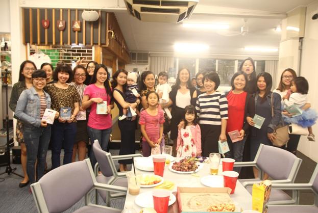 BCH ACT-VYSA chúc mừng ngày Quốc tế Phụ nữ 8/3 (Ảnh: Phi Vũ)
