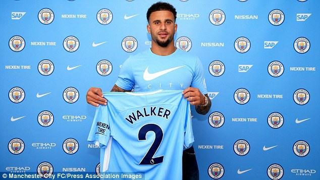 Kyle Walker chính thức gia nhập Man City
